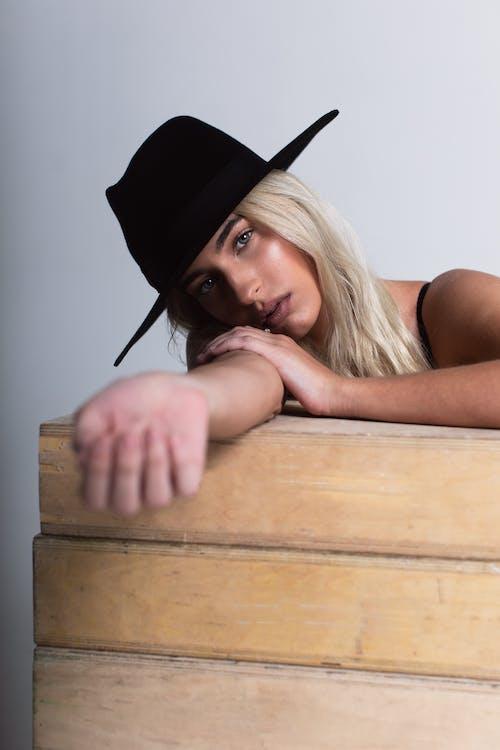 Foto stok gratis aksesori kepala, Amerika Serikat, atraktif, bagus