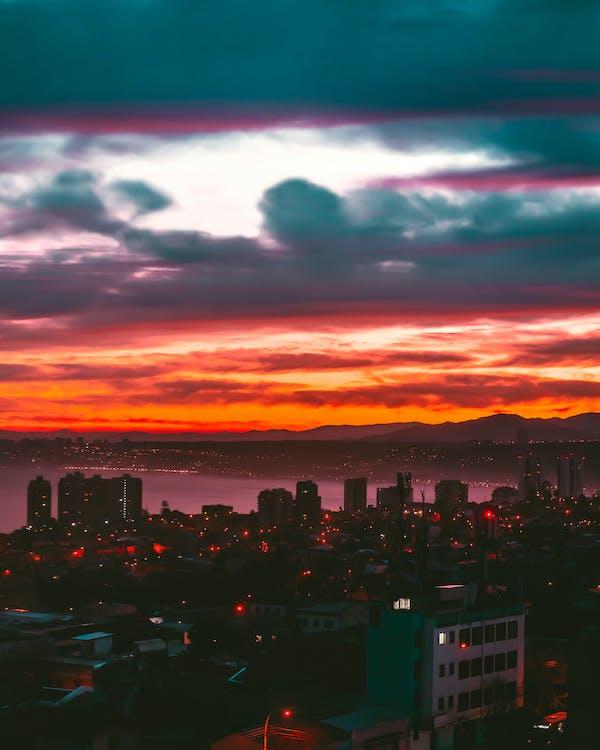 ánh đèn thành phố, bầu trời, bầu trời đầy kịch tính