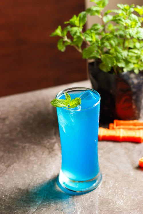 Blue Juice With Mint Herb