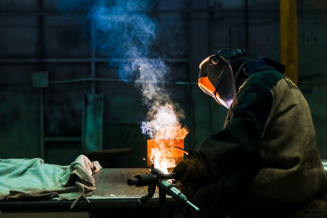 강철, 근로자, 금속
