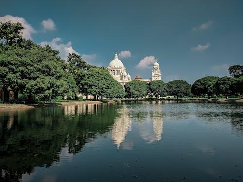 Kostnadsfri bild av arkitektur, blått vatten, monument, reflektioner