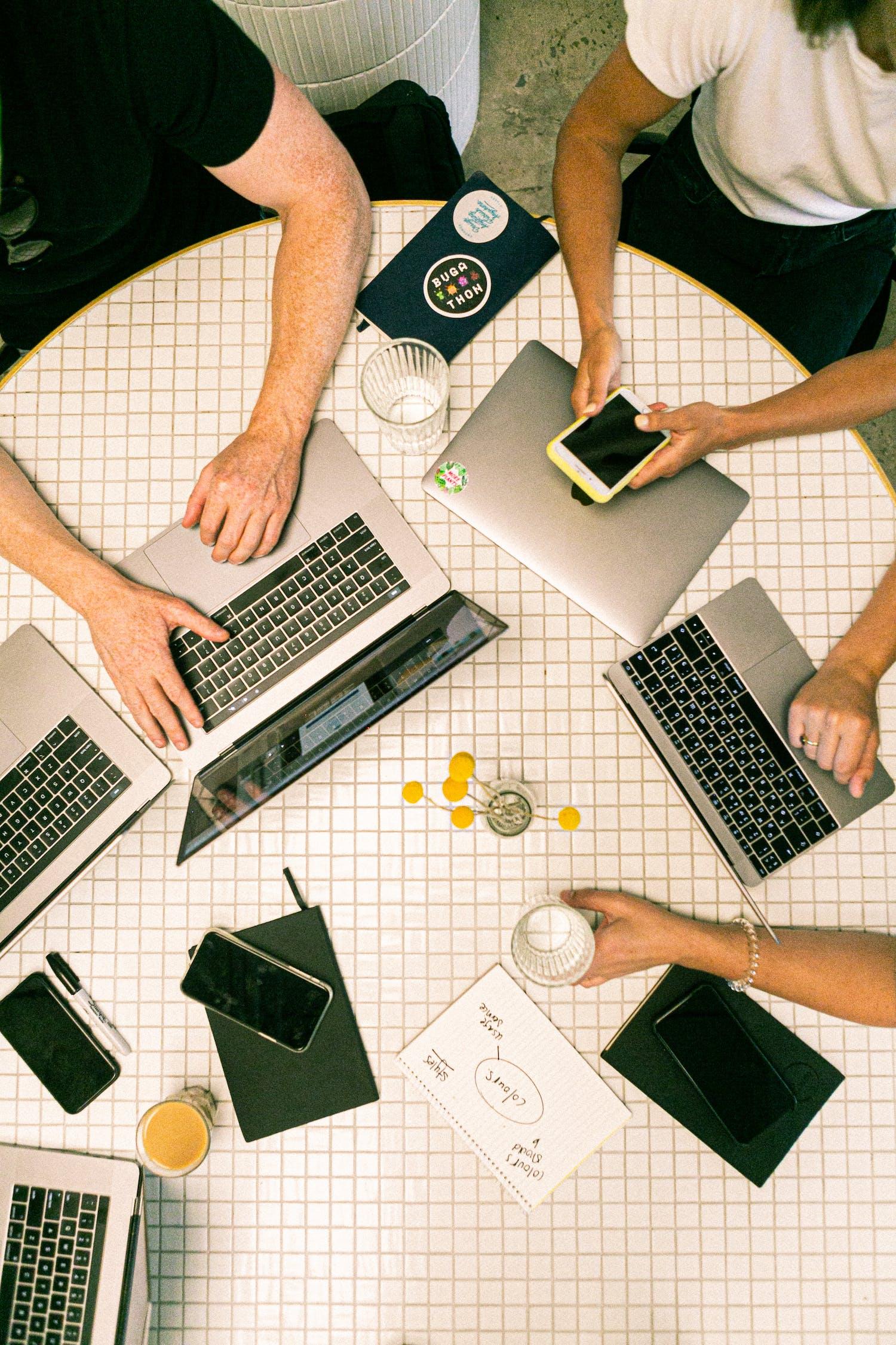 A vállalkozói lét folyamatos kihívások elé állít, és kreativitást igényel
