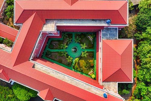 Darmowe zdjęcie z galerii z architektura, budynek, dach, dom