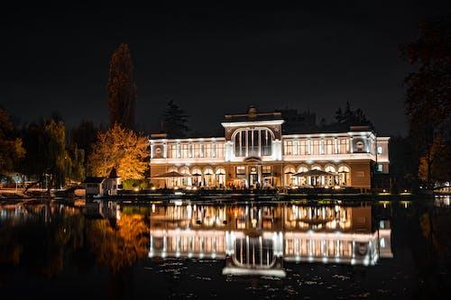 光反射, 別墅, 外觀, 天空 的 免费素材照片