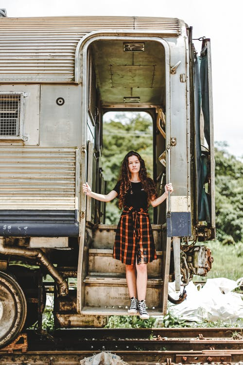 交通系統, 人, 四輪的運貨馬車, 女人 的 免費圖庫相片