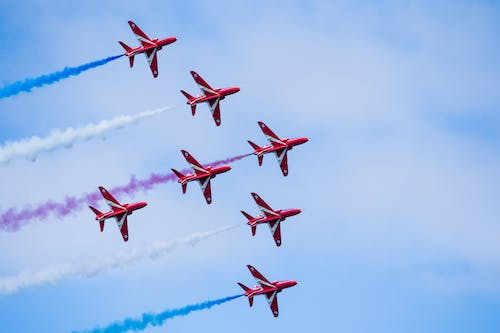 Free stock photo of red arrows, stunt flying
