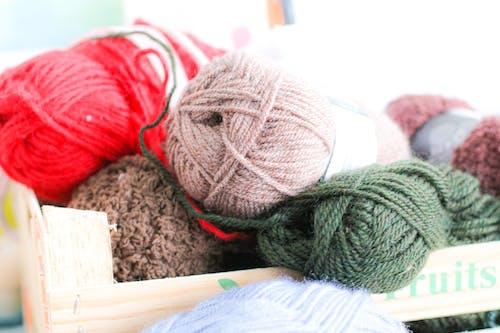 Základová fotografie zdarma na téma barvy, pletené zboží, pletení, příze