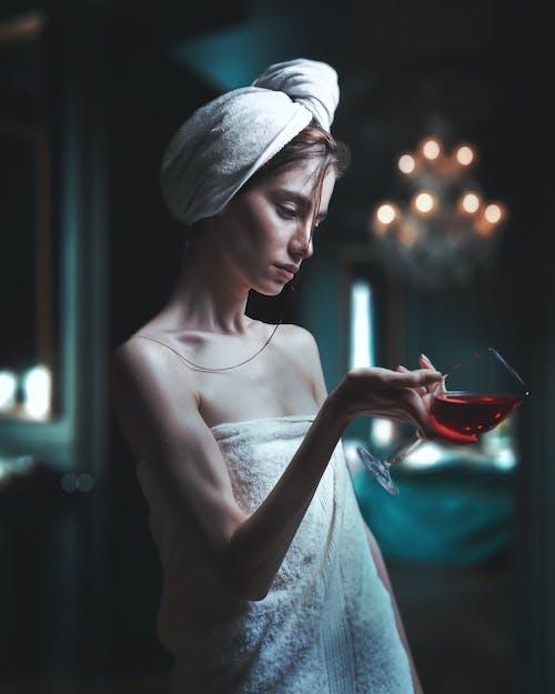 喝, 女人, 玻璃, 葡萄酒 的 免費圖庫相片