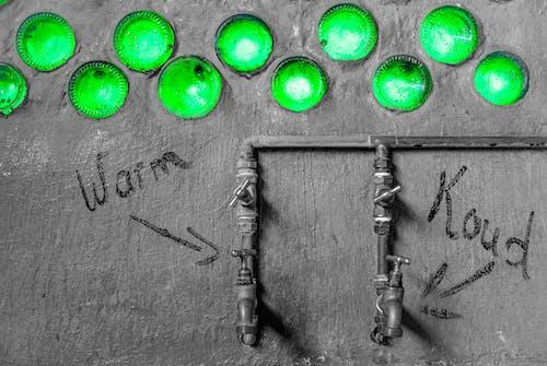 Бесплатное стоковое фото с бутылки, Ванна, зеленый, краны