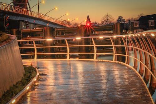 建筑。市, 建築, 晚上, 橋 的 免费素材照片