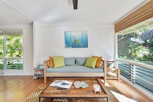 Foto profissional grátis de almofadas, casa, decoração de interior, dentro de casa