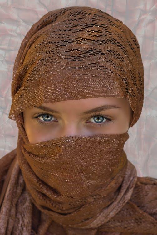 Безкоштовне стокове фото на тему «вираз обличчя, вродлива, вродливий»