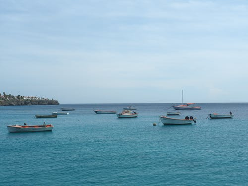Free stock photo of boats, horizon, sea