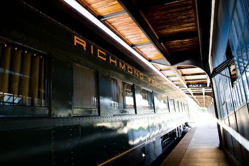 Darmowe zdjęcie z galerii z pociąg, pociąg pasażerski, stary pociąg