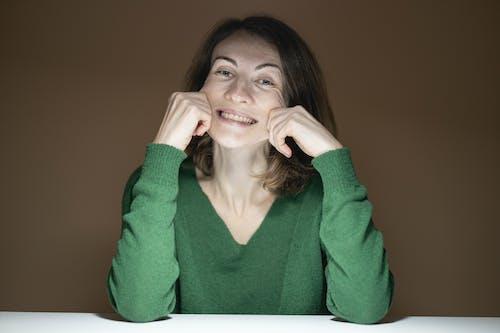 Kostnadsfri bild av ansikte, ansiktsuttryck, falla, flicka