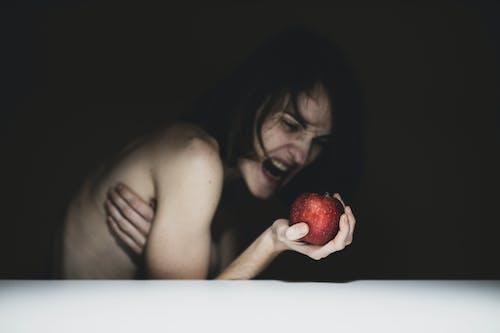 Kostnadsfri bild av ansikte, ansiktsuttryck, äpple, depression