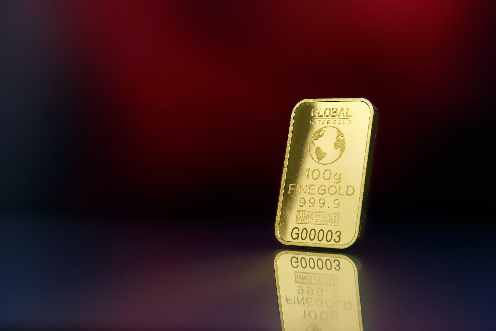Jaminan emas untuk mengajukan pinjaman uang.
