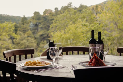 Fotobanka sbezplatnými fotkami na tému červené víno, cestoviny, jesť večeru, krevety