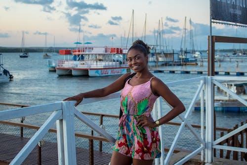 Ingyenes stockfotó csónakok, ébenfa, fekete modell, fekete nő témában