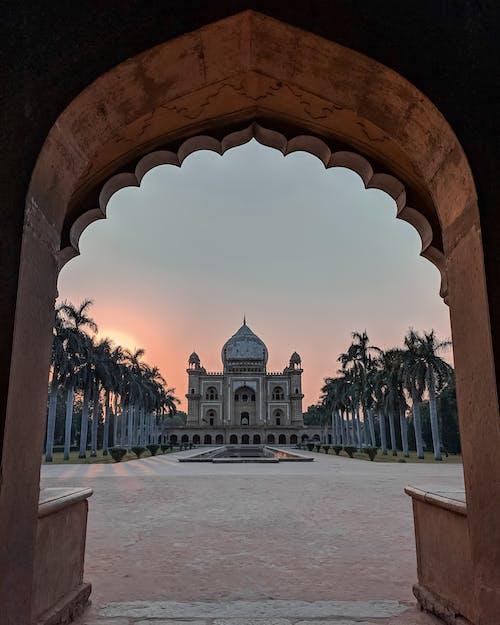 Gratis arkivbilde med arkitektur, Historisk bygning, monumenter, vakker solnedgang