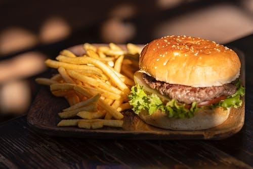 Fotobanka sbezplatnými fotkami na tému burger, chlieb, chutný, cukry