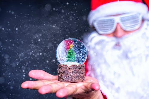 Foto stok gratis berbayang, bola kristal, fokus dangkal, hari Natal