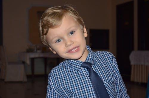 Základová fotografie zdarma na téma bílé zuby, chlapec, chlapeček, malé dítě