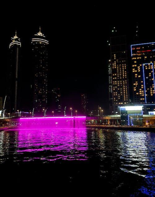 Základová fotografie zdarma na téma architektura, budova, Dubaj, jasné barvy