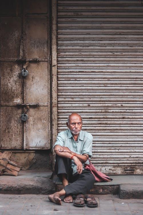 Gratis stockfoto met bejaarde man, bejaarden, gezichtsuitdrukking, grootouder