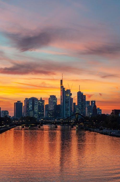 Foto profissional grátis de Alemanha, arquitetura, arranha-céus, edifícios