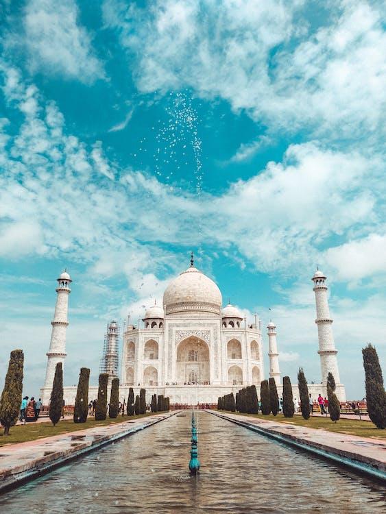 Taj Mahal in bright sunny
