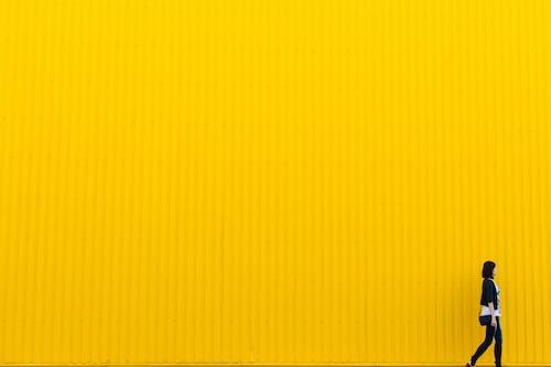 1000 Interesting Yellow Background Photos Pexels Free Stock Photos