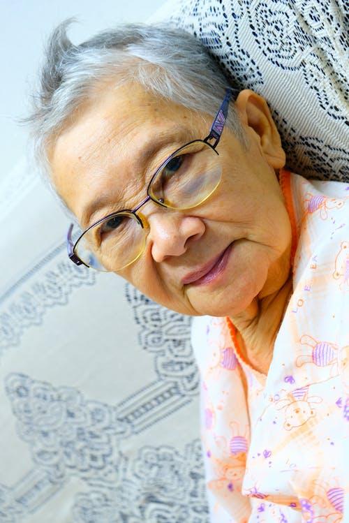 Бесплатное стоковое фото с пожилой гражданин