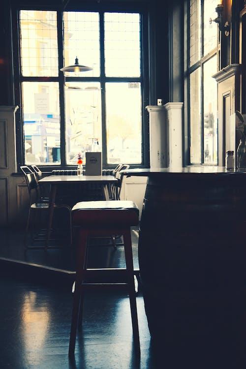 Darmowe zdjęcie z galerii z bar, klasyczny, pub