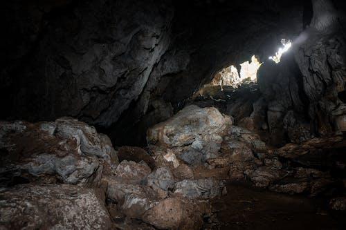 Imagine de stoc gratuită din expunere lungă, închis la culoare, peșteră