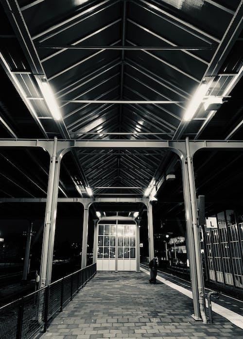 Бесплатное стоковое фото с архитектура, железнодорожная станция, здание, структура