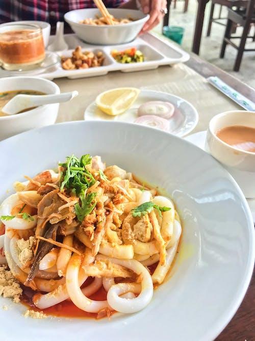 nangyithoke, 亞洲食品, 曼德勒, 缅甸菜 的 免费素材照片
