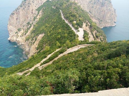 Foto stok gratis gunung, laut, musim panas