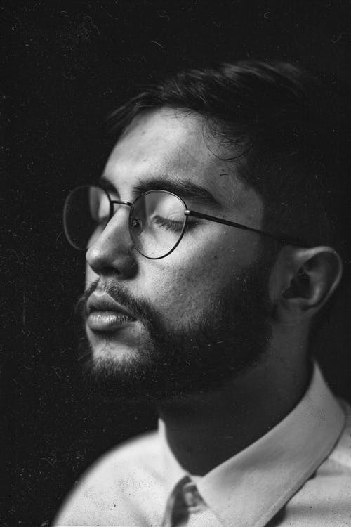 Foto profissional grátis de barba, cabelo, cara, escala de cinza