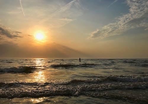 Foto stok gratis awan, cewek, gelombang, langit
