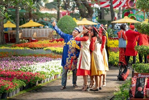 Imagine de stoc gratuită din celebrare, concert, femei, flori