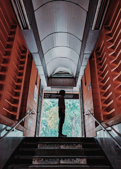 Kostnadsfri bild av komposition, textur, trappa, tunnelbana