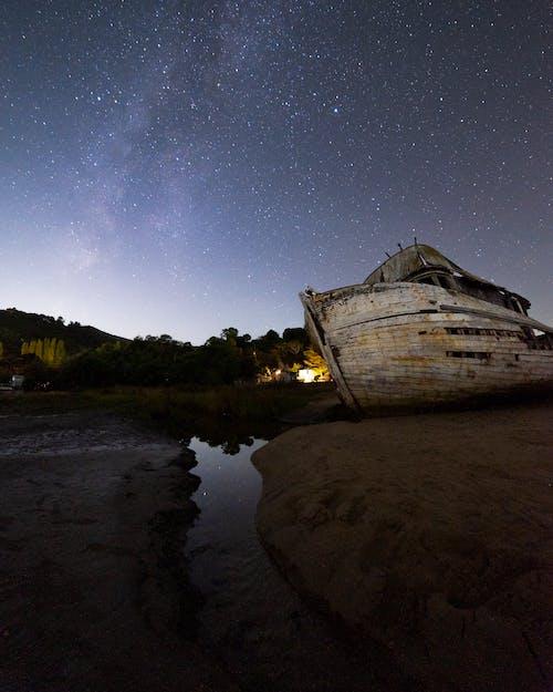 강, 경치, 경치가 좋은, 낚싯배의 무료 스톡 사진