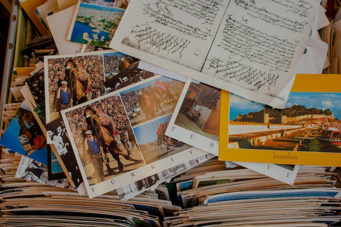 Verschiedene Postkarten