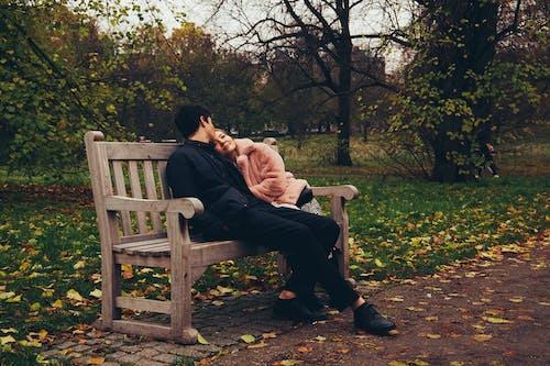 Darmowe zdjęcie z galerii z młoda para, para, piękna para, przytulanie się pary