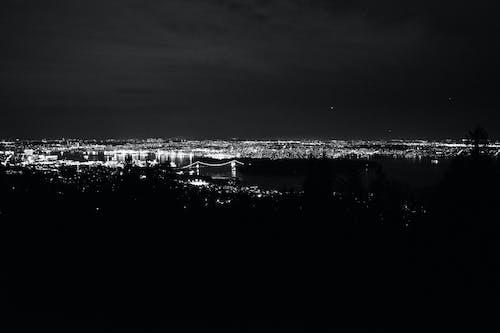 gece, Kent, köprü, ufuk çizgisi içeren Ücretsiz stok fotoğraf