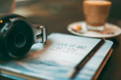 咖啡, 喝, 景深, 書 的 免費圖庫相片