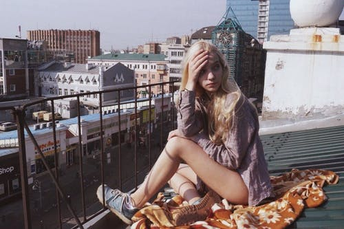Free stock photo of chill, freedom, girl, roof