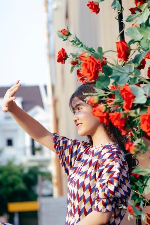 Fotos de stock gratuitas de actitud, al aire libre, asiática, belleza