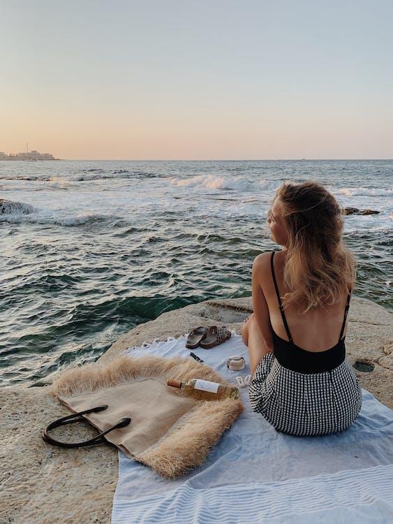 Gratis arkivbilde med fritid, hav, kvinne